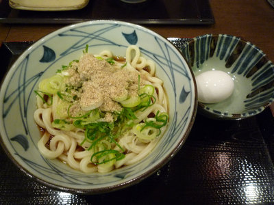 ぶっかけうどん+温泉卵@丸亀製麺 品川店(品川)