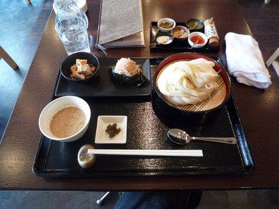 せいろ(胡麻だれ、大盛)+おにぎり(ランチセット)@SeaSonerS(渋谷)