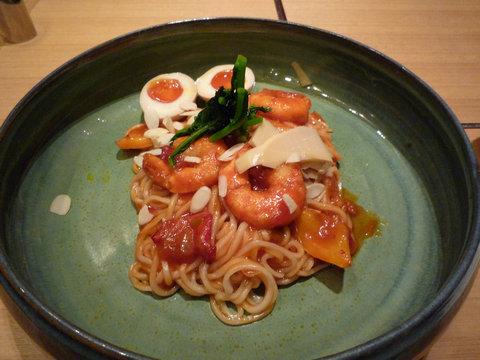 海老チリソースのおうどん+煮玉子@つるとんたん 東京ビル店(有楽町)