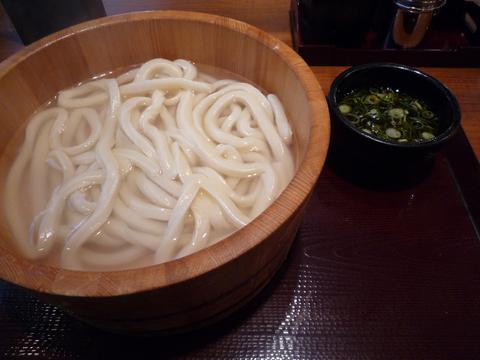 釜揚げうどん 並@楽釜製麺所 新宿歌舞伎町直売店(新宿)