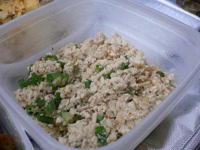豆腐、オクラ、長芋をあえたもの